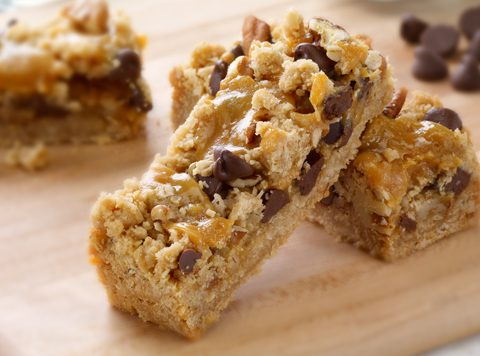Caramel Oatmeal Chocolate Bars