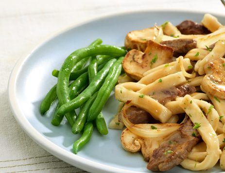 Easy Beef and Noodles with Gravy Recipe