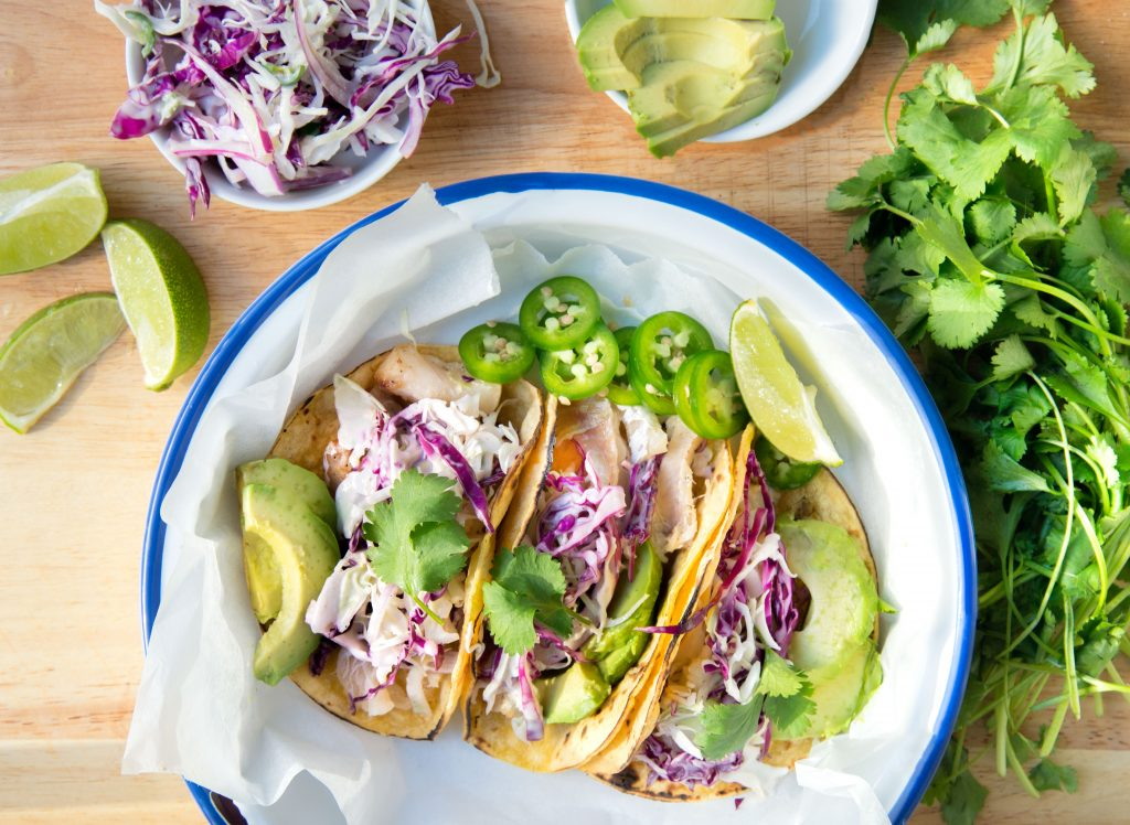 grilled fish tacos with lime