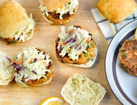 Crab Cakes Sliders With Slaw