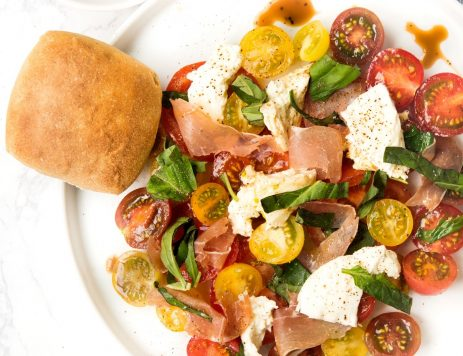 Caprese Salad With Prosciutto