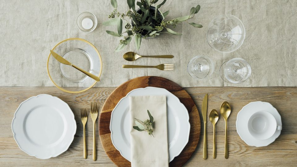 5 Classic Table Settings Every Host Should Know & 5 Table Settings Every Host Should Know | Whatu0027s for Dinner?