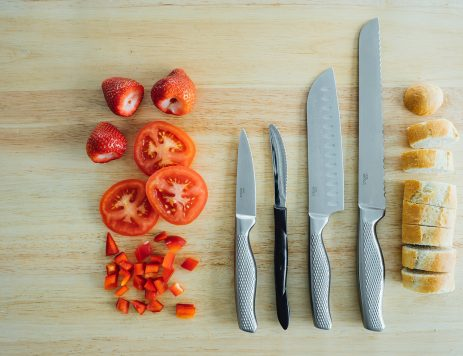 The 4 Best Kitchen Knives and How To Use Them
